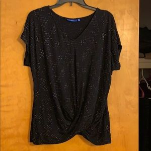 Size XL twist front short sleeve tee! Lightly worn